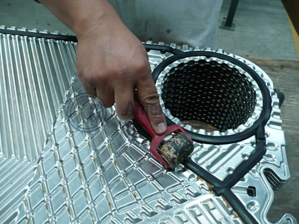 Gaskets for heat exchangers